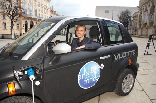 """Präsentation der Studie """"Auswirkung von Elektrofahrzeugen auf die Stromwirtschaft"""""""